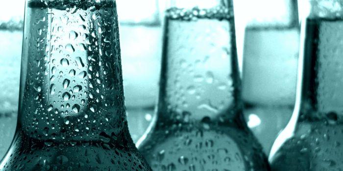 Как уровень влажности влияет на нагрев бутылки с напитком
