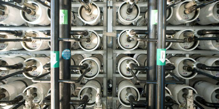 Мембраны для голубой энергии по образу живых тканей