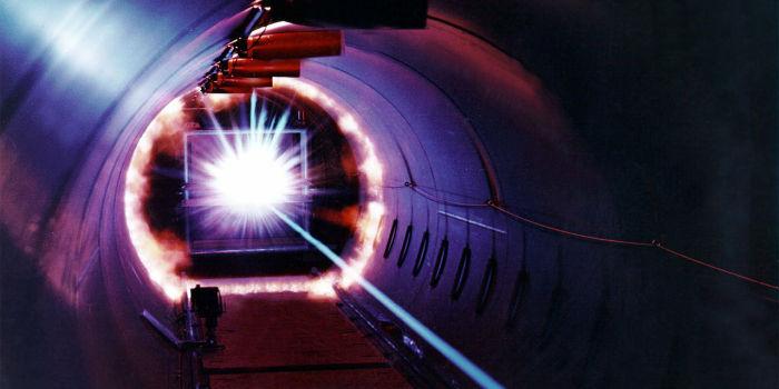 Получение чистой энергии с лазерным излучением в плазме