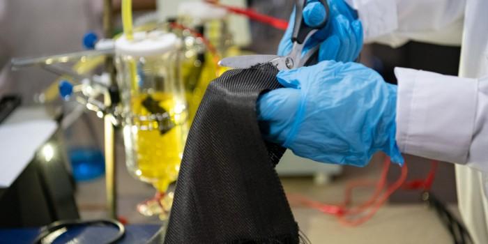 Сбор отработанного тепла электрохимической ячейкой из углеродной ткани