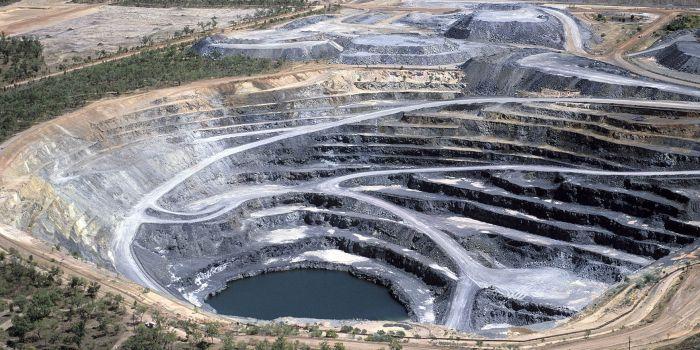Мировой объем добычи ископаемого урана по странам и компаниям