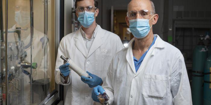 Отделение бензина от нефти с помощью полимерной мембраны