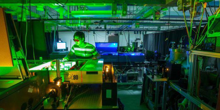 Преобразование низкоэнергетического света в высокоэнергетический