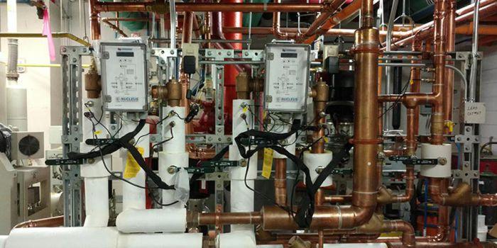 Смеситель Leonard Nucleus может снимать показатели температуры из 8 точек, давления - из 3-х точек и из 2-х точек - скорость потока жидкости в системе горячего водоснабжения. Предоставлено: Leonard Valve, PM Engineer Magazine